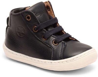bisgaard ensiaskel kengät